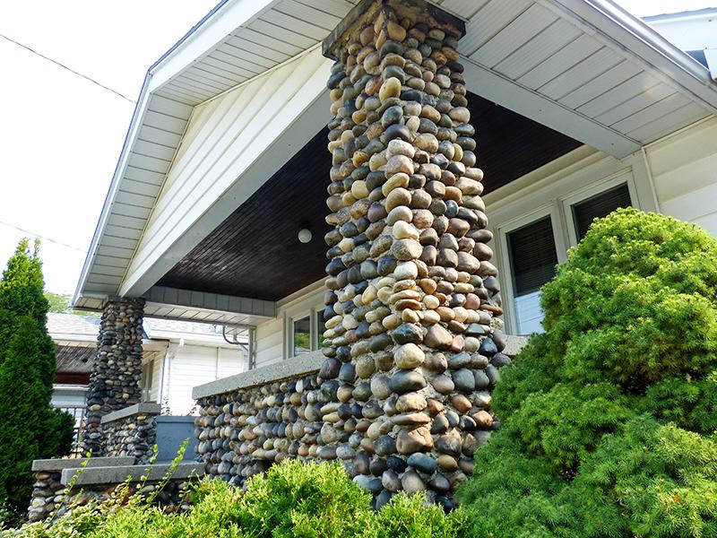Photo essay beach rocks once a cheap building material for Beach house construction materials