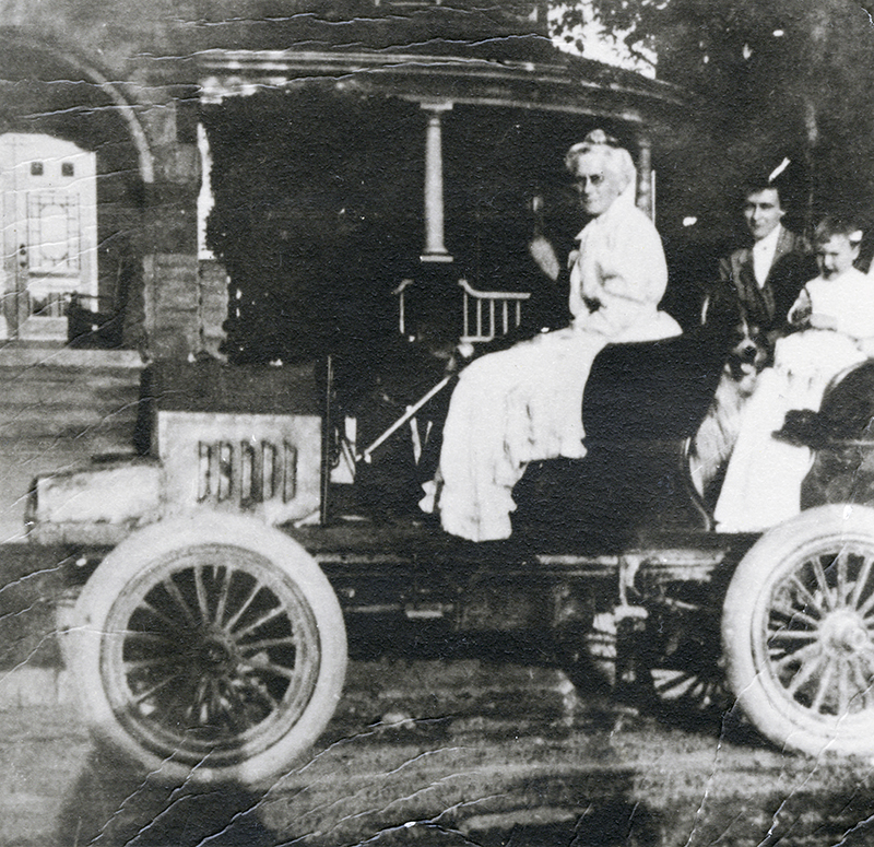Sarnia's First Automobiles Were Built By Hand